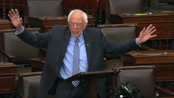 Sanders drückt die Kurse