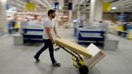 Mach es selbst: Der Ikea-Effekt kann auch für die Geldanlage hilfreich sein.