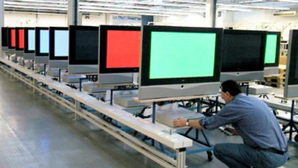 Sharp steigt für 4,3 Millionen Euro bei Loewe ein
