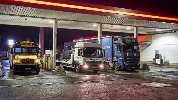 Preise für Benzin und Heizöl steigen weiter