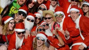Wenn Weihnachtsmänner bei ihrem Weltkongress schwitzen