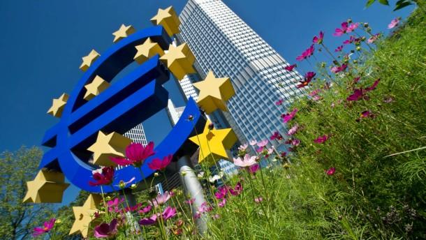 Zinsen im Euroraum weiter auf Rekordtief