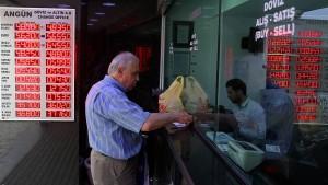 Türkische Notenbank hebt Zins an