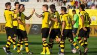Spieler von Borussia Dortmund bei einem Testspiel. Gute Resultate auf dem Fußballplatz spiegeln sich oft in steigenden Aktienkursen des Vereins nieder.