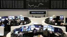 Serie von Warnsignalen setzt die Börsen unter Druck