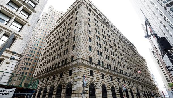 Fed pumpt abermals 75 Milliarden Dollar in die Banken
