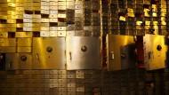 Kritik an Risikofreude deutscher Sparer