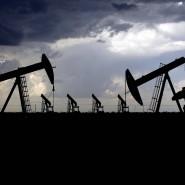 Ölpumpen auf einem Ölfeld in Texas