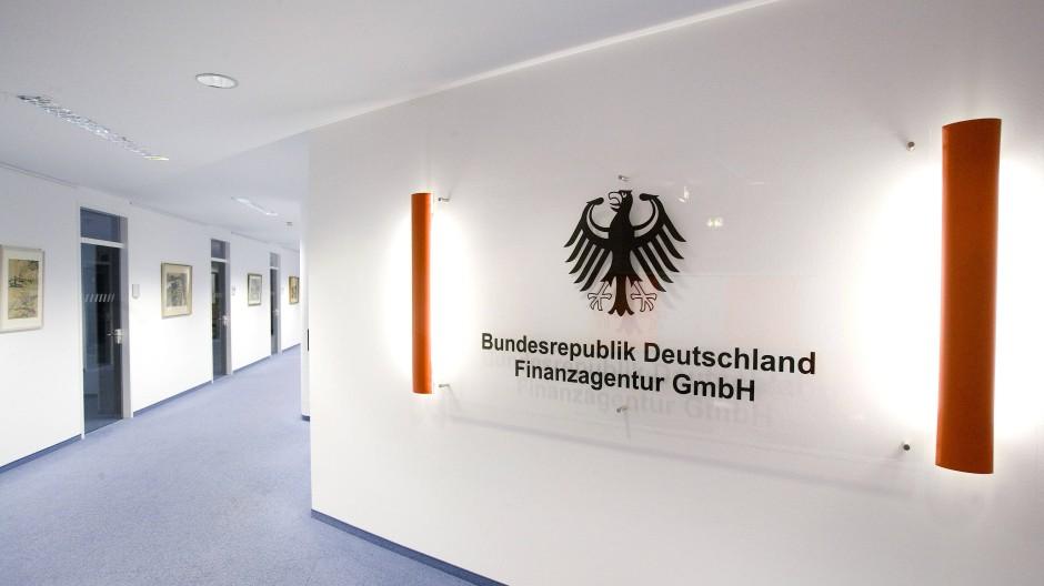 Auf dem Flur der Bundesfinanzagentur: Die Behörde emittiert und verwaltet die Bundeswertpapiere.