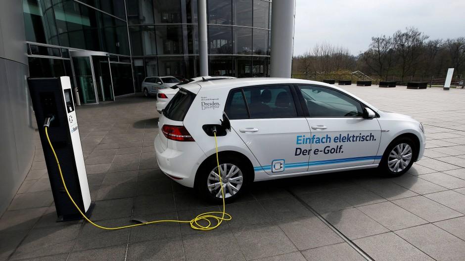 Der E-Golf: VWs Hoffnungsträger für die Elektromobilität.