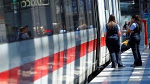 Die Bahn braucht noch viel mehr Geld