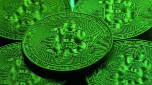 Bitcoin steigt wieder über 11000 Dollar