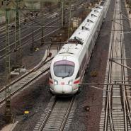"""""""Größte Preissenkung in der Geschichte der Bahn"""": ICE-Zug in Niedersachsen"""