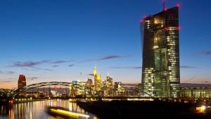 Draghis Kaufprogramm radiert die Zinsen aus