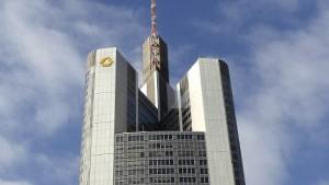 Commerzbank prüft im Oktober Kapitalerhöhung