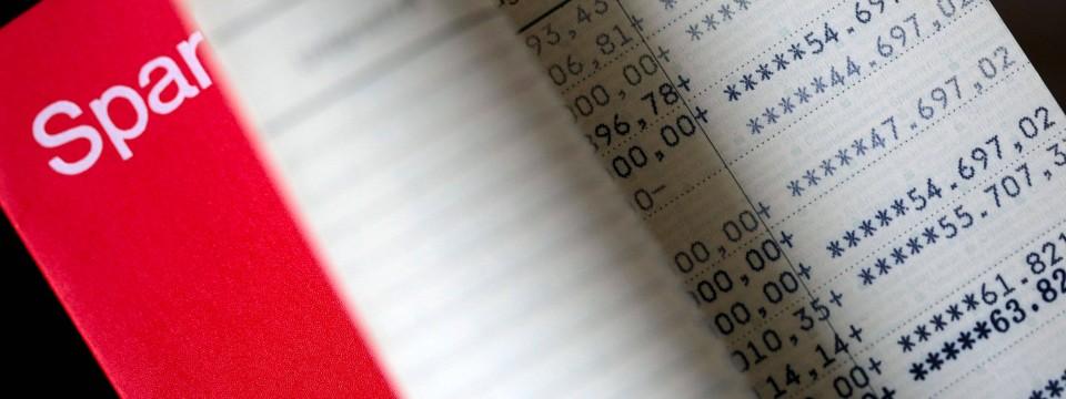 Die Nächste Klage Um Hochverzinste Sparverträge