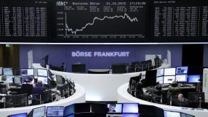 Anleger setzen auf Geldspritzen der Notenbanken