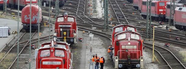 Im laufenden Tarifstreit mit der Deutschen Bahn wollen die Lokführer erstmals streiken