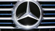 Daimler und Münchener Rück bewegen den Dax