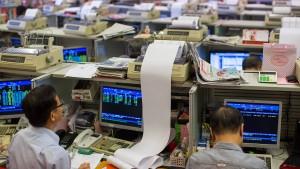 Hongkongs Börse ist eingezwängt zwischen zwei Welten