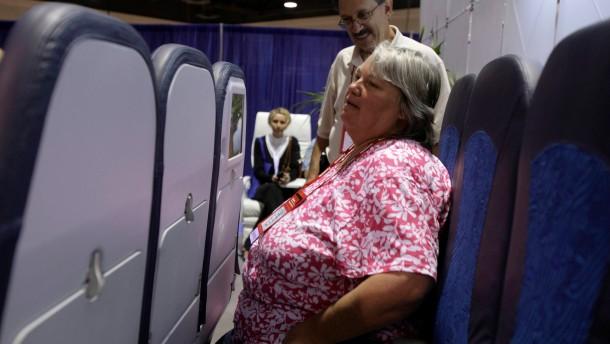 Passagiere sollen näher zusammenrücken