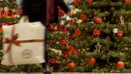 Deutsche wollen für Weihnachten im Schnitt 437 Euro ausgeben