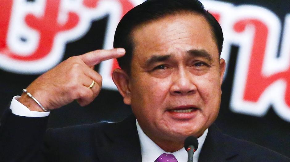 Thailands Premierminister Prayut Chan-o-cha während einer Pressekonferenz.