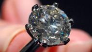 Mit 5 Karat ein Leichtgewicht: Diamantring bei Tiffany