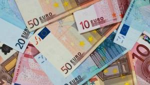 Deutsche wollen ihr Bargeld behalten