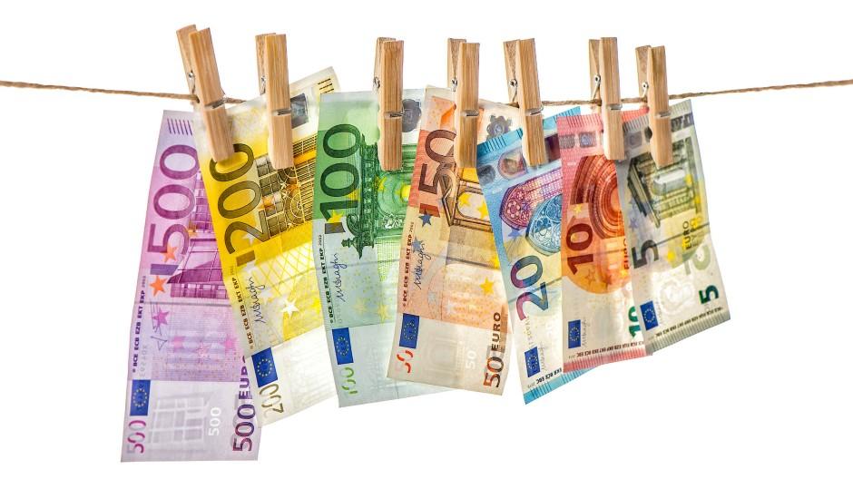 In Deutschland soll Geld im Volumen von 100 Milliarden Euro im Jahr gewaschen werden, schätzt die Universität Halle in einer Studie.