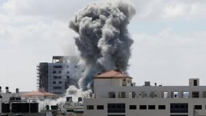 Eskalierende Konflikte in Israel und der Ukraine schicken Dax in den Keller