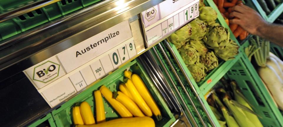 7446deb0ffc027 Umfrage: Mehr junge Leute kaufen Bio-Lebensmittel - Nachrichten - FAZ