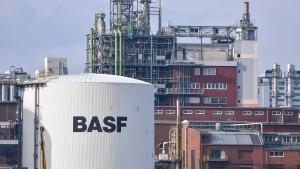 BASF könnte amerikanischen Chemieriesen bei Mega-Fusion dazwischenfunken