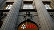 Die Schweizer Bank UBS verweigert bislang einen Vergleich mit den Amerikanern.