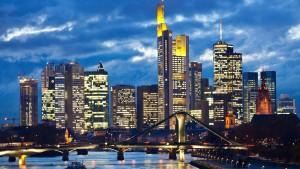 Moody's sieht Banken 2013 in ruhigerem Fahrwasser