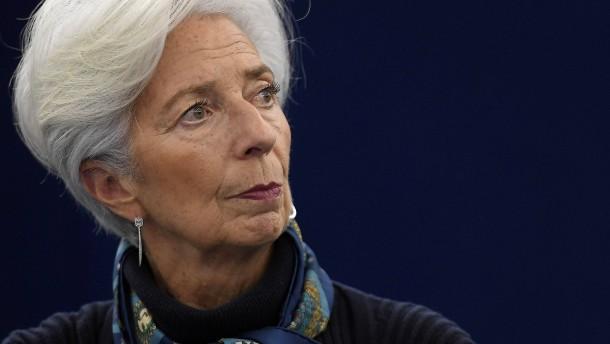 Lagarde: Zwei Frauen im EZB-Rat sind zu wenig
