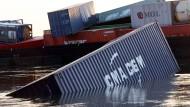 Magellan: Die Container-Investments sind zur Hälfte abgesoffen. Manche auch ganz.