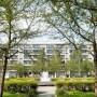 Immer Mieter in Lohn und Brot zieht es in Wohnblöcke am Stadtrand wie nach Berlin Hellersdorf.