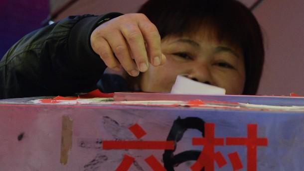 Freie Wahlen und blutige Proteste in Kanton