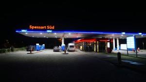 Benzinpreis steigt die achte Woche in Folge