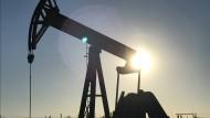 Die Ölpreise steigen wieder.