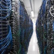 Netzwerkkabel für die 25.000 Server im Karlsruher Rechenzentrum von United Internet.