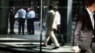 Trotz Krise beschäftigt: Die Zahl der Bankmitarbeiter in Frankfurt entspricht einem Zehntel der Bevölkerung