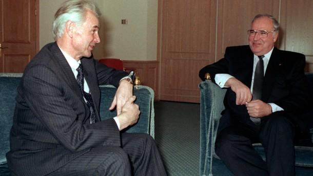 Vor 25 Jahren unterzeichnen BRD und DDR Währungsunion