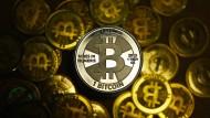 Im Höhenflug: Ein Bitcoin ist derzeit über 1000 Dollar wert.