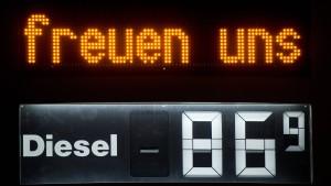 Benzin und Diesel im neuen Jahr teurer