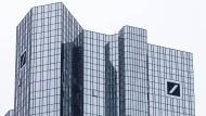 Die beiden Glastürme der Deutschen Bank in Frankfurt