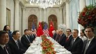Bei dem bilateralen Treffen am Rande des G-20-Gipfels hatte es kurzzeitig nach einer Beilegung des Handelsstreits ausgesehen.