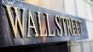 Nach dem Platzen der Internetblase: Zum ersten Mal haben Anleger in diesem Jahr Kursrückschläge nicht mehr genutzt, um Aktien zu günstigeren Kursen zu erwerben.