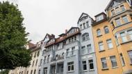 Während in London die Immobilien-Preise, aufgrund des Brexits weiterhin sinken, stehen viele Städte in Deutschland vor einer Blasen-Gefahr.